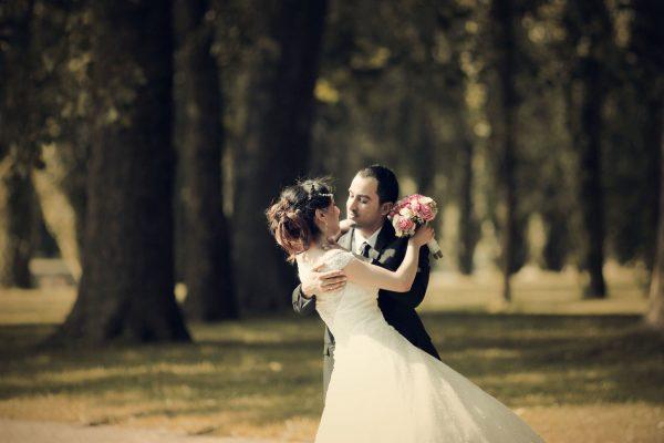 2 - COUPLE IMG_4149 golden memory